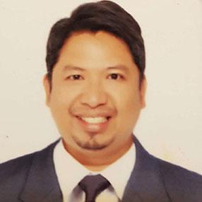 Dr. Zandro Villanueva